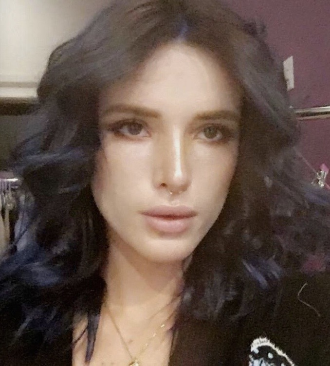 Color de pelo de bella thorne