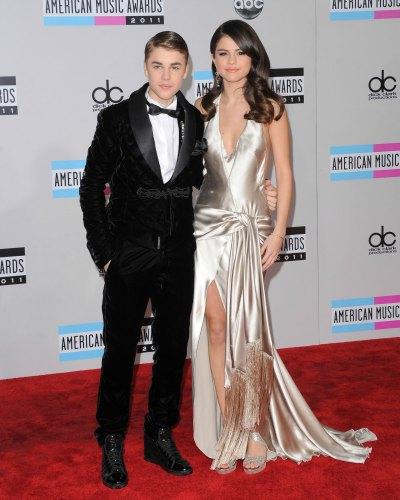 Justin Bieber Y Selena Gomez Y Sus Hijos