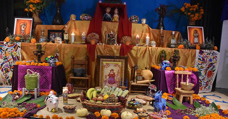 El Altar De Día De Muertos Y Su Significado Vanidades