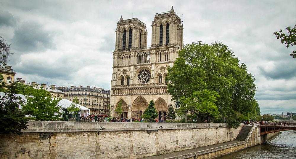 Conoce La Historia Del Verdadero Jorobado De Notre Dame National Geographic En Español