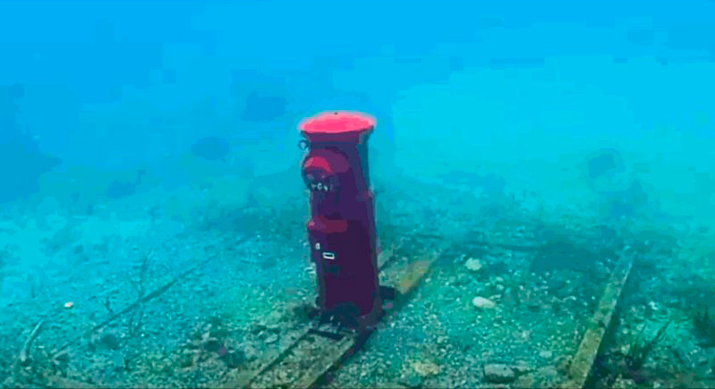 Postal bajo el agua