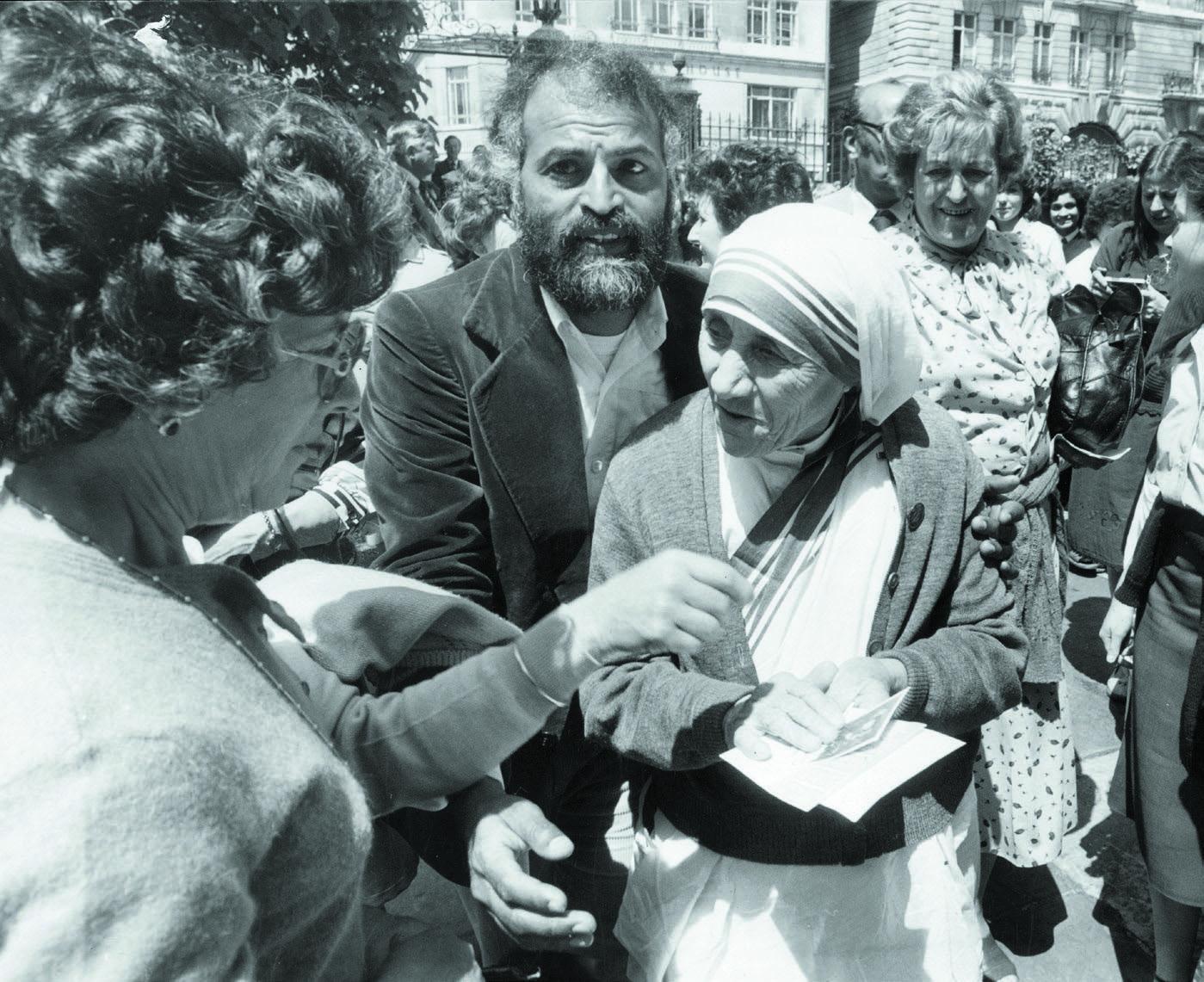 Madre Teresa De Calcuta Vanidades