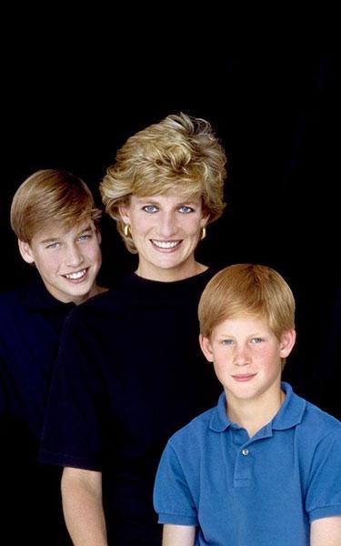 Princesa Diana con William y Harry