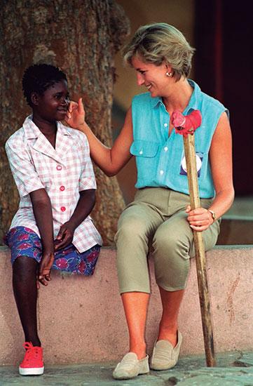 Princesa Diana en campo de minas en África