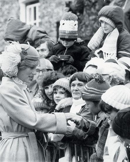 Princesa Diana con sus fans